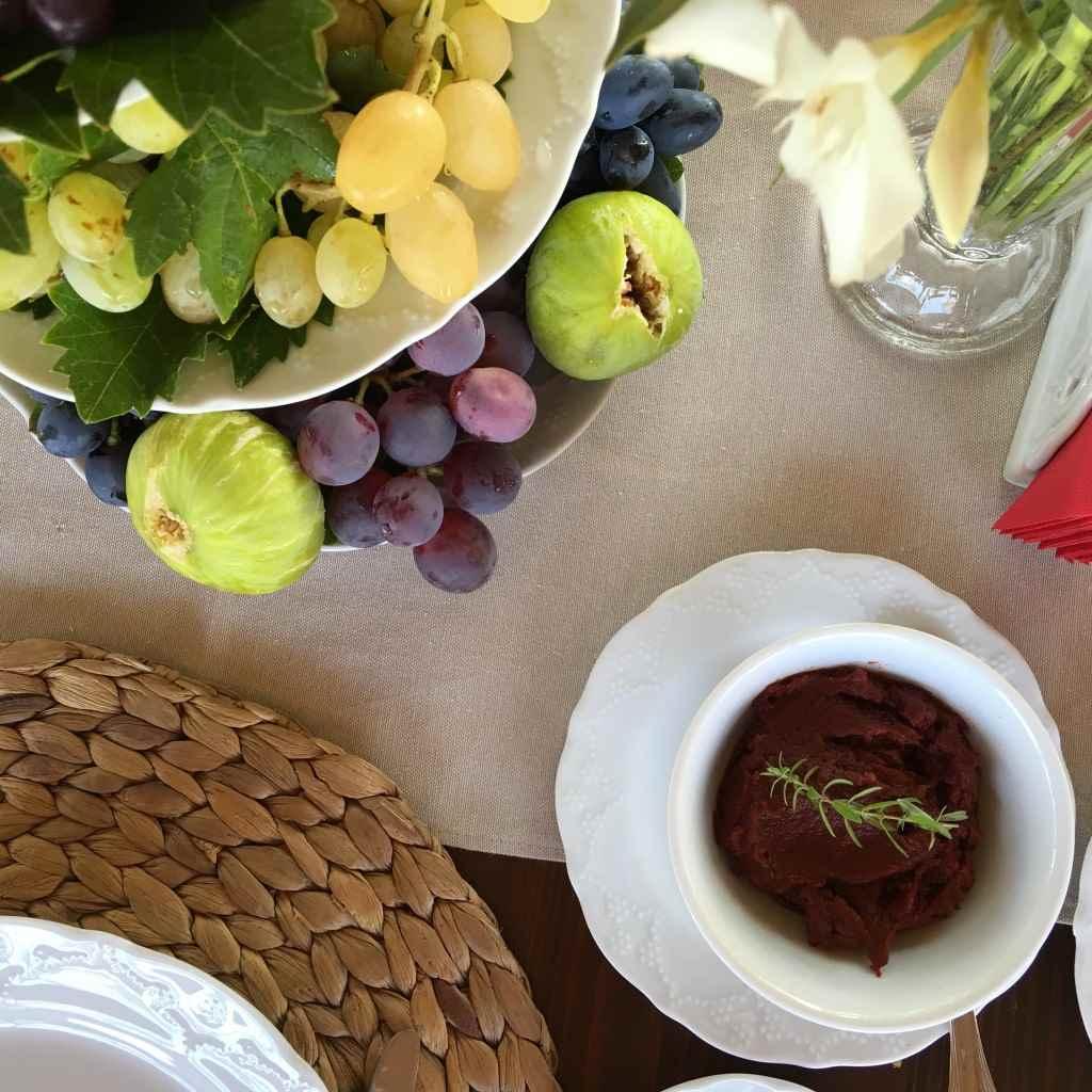 bozcaada-talay-baglari-konukevi-uzum-sarap-otel-kahvalti-acuka