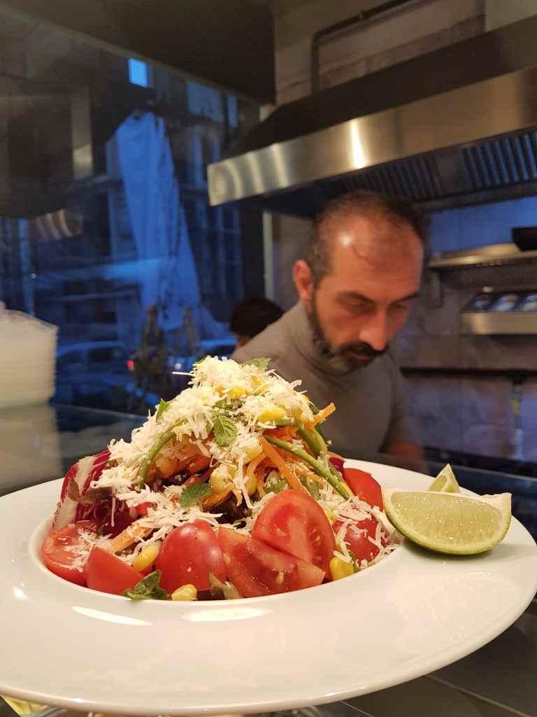 yesempatik-cheftude-makarna-sos-bilgiuniversitesi-salata